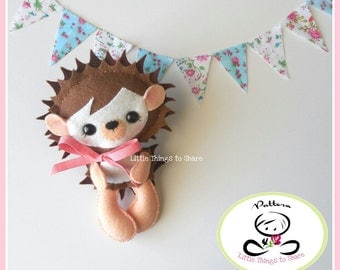 Erin the Hedgehog -PDF pattern-DIY-Woodland animals-Nursery decor-Instant Download-Baby's mobile toy-Cute hedgehog-Kids present