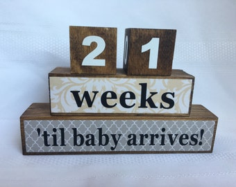 Pregnancy Countdown Blocks, New Baby Blocks, Mother's Day Gift, Father's Day Gift, Baby Announcement, Wooden blocks, photo prop,
