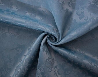 Stain-resistant  damask tablecloths
