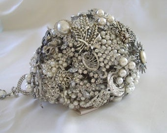 Vintage Style Brooch Bouquet - Made to Order