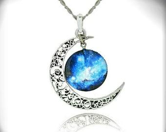 Moonbeam Necklace