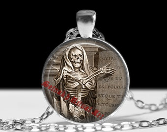 Memento Mori pendant, occult jewelry, Santa Muerte necklace, gothic fashion accessories, medieval illustration, death, skull jewelry #13