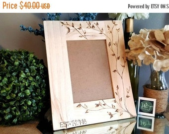 Custom picture frame, wedding gift, wedding picture frame, custom wood frame,hand made, custom wood frame,wedding gift, wiredtwist design