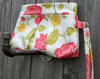 Small Purse - Pleated Clutch - Wristlet - Clutch Purse - Clutch Bag - Pink & Yellow Flowers - Gift under 40 - Gift Idea for Mom