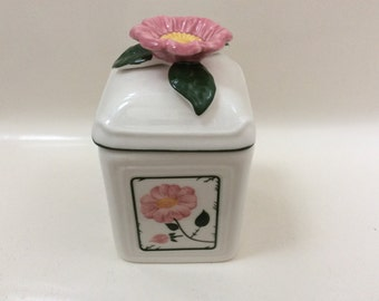 A Villeroy & Boch Canister/trinket Box with a Floral Design.
