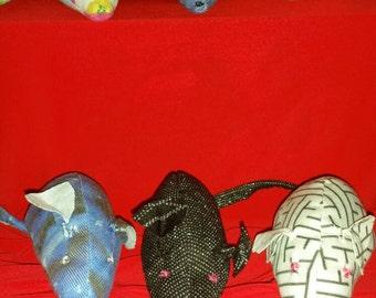 1x Cat Nip Rat. Sphynx toys...cat drug.