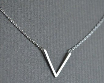 Silver V Necklace, Gold V Necklace, Chevron Necklace, Minimalist Necklace, Geometrical Necklace, Boho Necklace, Boho Jewelry