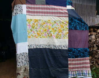Ugly quilt top with some nice vintage fabric
