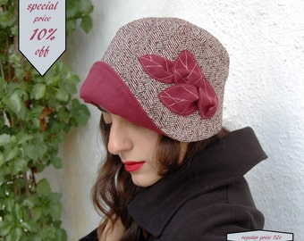 Cloche hat with large brim-Handmade Cloche hat, Red cloche hat-1920s style-Bucket hat-Retro style-Tweed hat-Downton Abbey