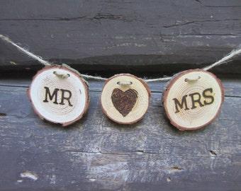 Rustic Mr & Mrs Banner, Mr and Mrs Banner, Rustic wedding sign, wood slice banner, log slice banner, woodland wedding banner, rustic banner