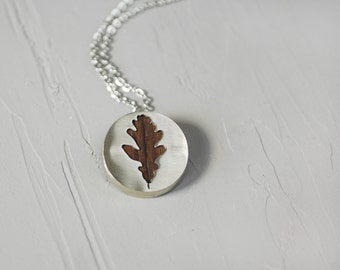 Oak leaf necklace / Silver wood necklace / Handmade necklace / Nature jewelry / Botanical necklace / Silhouette necklace / Gift for her