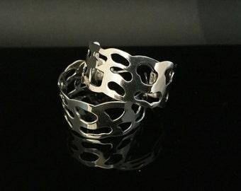 Wide Cut-out Ameba Silver Earrings - 925 Sterling Silver - Post Backings - Medium Size