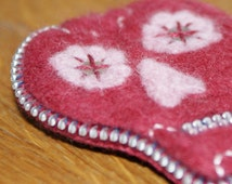 Day of the Dead Inspired Zip and Needle Felted Brooch - Red and Pink