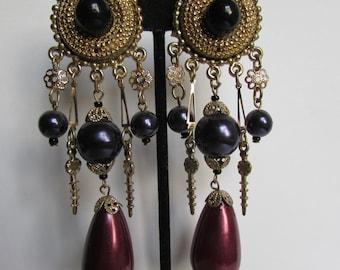 Vintage earrings- Deep purple bead dangle drop earrings- 90s Jewelry