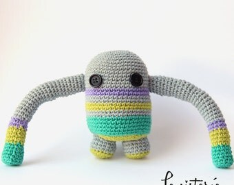 Snap Robot crochet amigurumi, Robot plush
