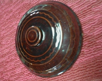 Vintage mar-crest daisy and dot brown pottery casserole lid 9.5 inch dia