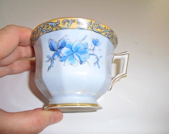 "Limoge Tea Cup Teacup ""Avenir"" Pattern with Gold Trim"
