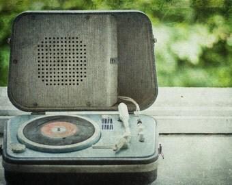 Retro Wall Art Decor, Retro Photo Print, Music Photograph, 1950s Turntable Vintage Decor, Record Player, Record Art, Music Still Life Art