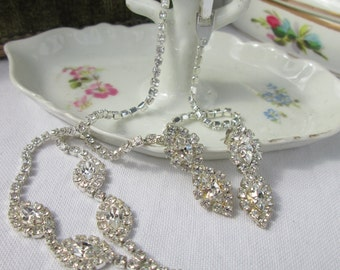 Rhinestone Teardrop Necklace and Earrings Set