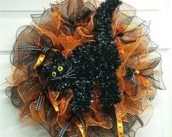 Black Cat Halloween Wreath, Halloween Mesh Wreath, Fall Mesh Wreath, Black and Orange Wreath, Black Halloween Cat, Halloween Decor