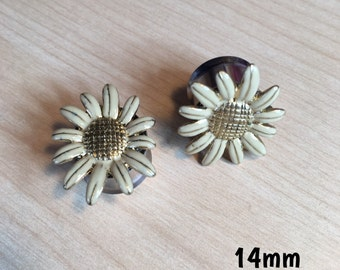 14mm gold and white daisy plugs for stretched ears