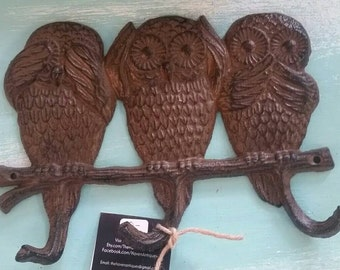 "1960' Style Cast Iron Reproduction of ""See No Evil, Hear No Evil, Speak No Evil"" Owl Wall Hook Decor."