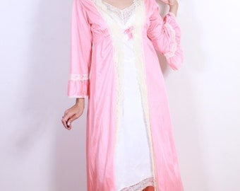 Blush Pink 1970s Night Robe