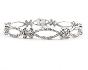 """Diamond X O Tennis Bracelet 14K White Gold Hugs And Kisses 7 1/2""""  1.90 carats"""
