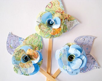 Set of 3 Multicolor Cake Toppers, Travel Wedding Cake Toppers, Map Flower Paper Toppers, Map Paper Wedding Decor, Paper Engagement Party