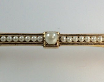 Vintage Gold Tone Pin Brooch Faux Pearls Unmarked