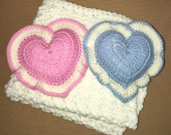 """Littlebits Newborn Baby Cream Crocheted Layer Blanket  45cmW {18""""} X 50cmL {20""""} with 2x16cm Mini Heart Pillows Handcrafted in Australia RTS"""
