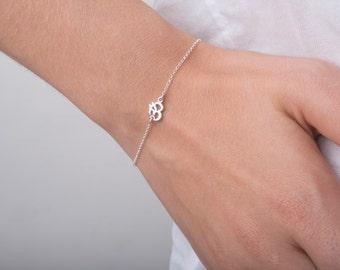 Tiny Silver Om bracelet, Om Symbol, Yoga bracelet, Gold Om