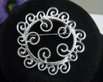 SILVERY MIST Vintage Brooch  By Sarah Coventry Cov Silvertone Round Pin with Spiral Curls
