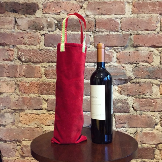 Wine tote bag.  Beautiful red velvet wine tote with accent handle