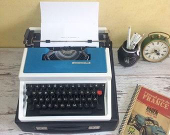 Working Typewriter Underwood 315 - Vintage Typewriter with case - Blue Typewriter - 1970s Underwood manual typewriter
