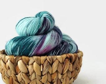 Hand dyed lace yarn superwash merino nylon - Bird of paradise