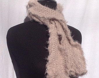 Romantic Ruffles a Scarf in Light Brown