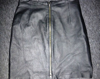 "90's Leather zip front skirt - size 12 UK / 28"" waist"