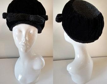 Vintage 60's Black Velvet and Astrakhan Persian Curly Lambs Wool Fur Top and Trim Turban Pillbox Hat