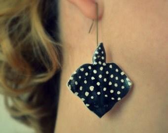 Ray fish earings