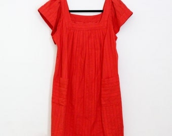 Vintage 1970s Red Mini Dress / Cotton / Pullover / Pocket Dress / 70s Clothing