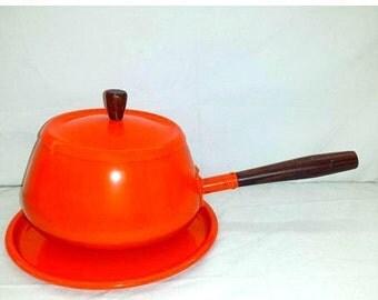 Vintage Orange Enamelware Fondue Pot & Underplate,3 Pc Set,Orange,Enamel Pot,Wood Handle,Enamel Cookware,Enamelware,Orange Enamel Sauce Pot