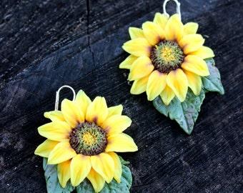 Yellow earrings, Sunflower earrings, dangle flower earrings, handmade summer earrings from polymer clay