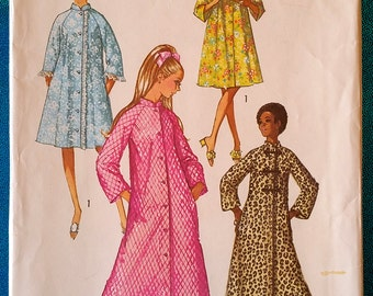 "Vintage 1970 robe sewing pattern - Simplicity 9074 - size 16 (38"" bust) - 1970s"