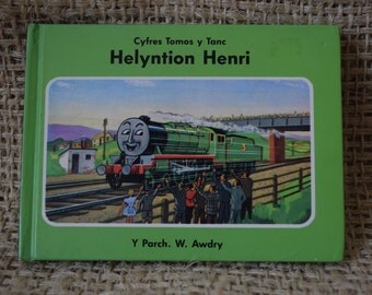 Thomas The Tank Engine. Helyntion Henri. Welsh Language Book