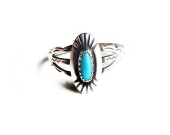 Vintage Sterling Silver Blue Turquoise Retro Tribal Ladies Ring Size 7~ Circa 1960's Native American Jewelry