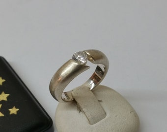 925 Silver ring-ring with Crystal stones SR530