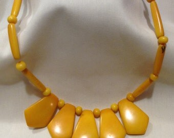 Art Deco Tribal Yellow CARVED BONE Beaded Bib Necklace, Native Necklace 465-124