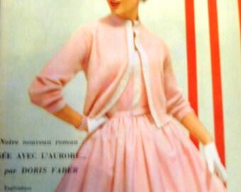 beautiful Vintage 1950's L'Echo de la Mode magazine perfect for framing