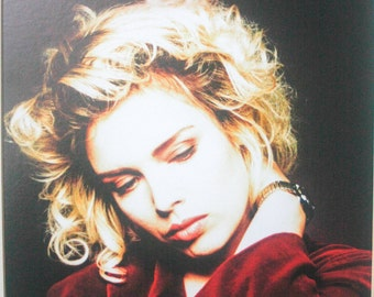 Kim Wilde Autographed Mounted / Matted Picture 47 x 41.5cm by 18 1/2 x 16 1/2 Unframed Or Framed
